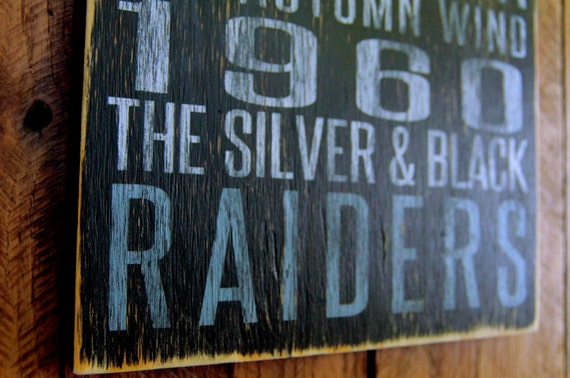 Oakland Raiders Distressed Wood Sign-Great Father's Day Gift!