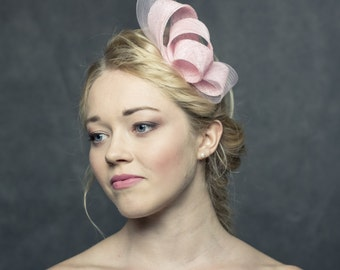 Fascinator made of sinamay and crin,chic and simple headpiece, pink headpiece, party fascinator