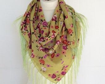 Floral Tassel Scarf, Square Wrap Scarf, Green Cotton Scarf, Boho Spring Shawl, Traditional Turkish Scarf, Printed Scarf, Fringe Shawl, Gift