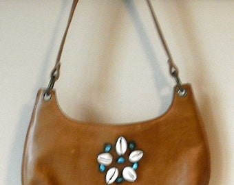 Little Steve Madden  Beachy Purse Faux Leather Spring Handbag Purse With Beach Seashells and Turquoise Stones, zipper top, Small