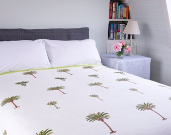 WHITE QUILT BEDSPREAD - Green palm