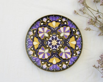 Decorative plate Violet Flower - Wall hangings - Mandala art - Oriental plate - Hand painted plate - Wall decor - Christmas gift
