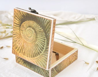 Nautical jewelry box - Decorative box - Decoupaged jewelry box - Wooden box
