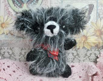 Teddy Bear Dexter - Amigurumi bear, Collectable bear, Artist bear, Ooak bear, Minature bear, Mini bear, Crochet bear