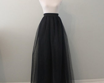 Black tulle skirt, floor length tulle skirt, tulle skirt, plus size tulle skirt, plus size skirt, black skirt, long tulle skirt, maxi skirt.
