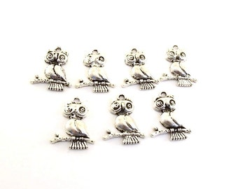 Charms 7 Antique Silver Owls On A Branch