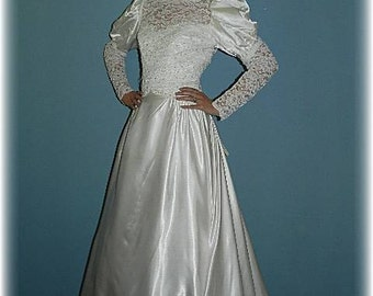 80s wedding dress etsy vintage 80s satin and lace sleeved wedding gown junglespirit Gallery