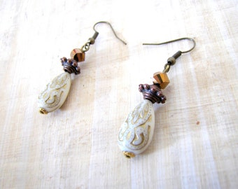 Bronze gold earrings - ethnic style - african art - hanging earrings
