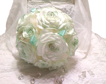 Mint green and white bridal bouquet, Handmade paper Rose wedding bouquet, Toss bouquet, Alternative bouquet, Coffee filter Flower bouquet