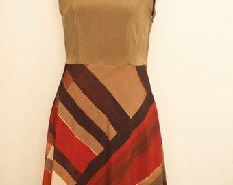 Sleeveless silk dress cinnamon coloured