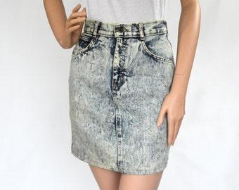 90's Vintage Parasuco High Waisted Acid Wash Denim Mini Skirt/ Sz