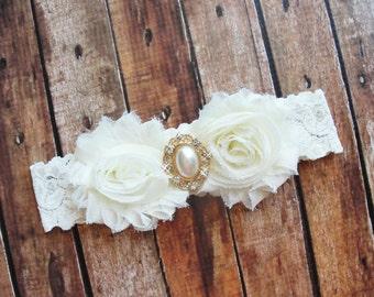 Ivory Garter, Bridal Garter, Lace Wedding Garter, Pearl Garter, Fairytale Wedding, Gold Garter, Leg Garter, Victorian Wedding
