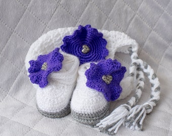 Girl crochet set, Hat and Shoes Set, Girl Shoes, Girl Hat, Baby Girl Shoes, Baby Girl Hat, Photo Prop, Baby Shower Gift, Girl Crochet Shoes