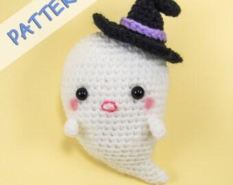 Ghost Plush Pattern - Ghost Doll Pattern - Ghost Crochet Pattern - Amigurumi Ghost Pattern - Halloween Ornament Pattern - Boo the Ghost