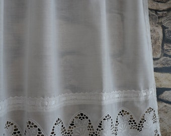 Cotton lace curtain on etsy a global handmade and vintage for Decoration anglaise