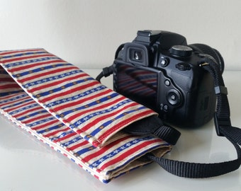 USA SLR Padded Camera Strap Cover with lens cap pocket