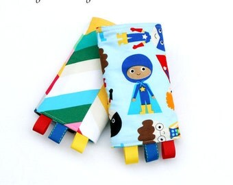 Little Heroes Tula Reversible Drool Pads, Zap Pow Teething Pads, Strap Covers, Baby Wearing, Baby Carrier, Kinderpack, Lilleybaby