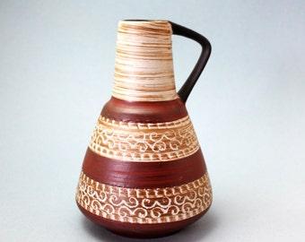 Dumler and Breiden Sgraffito Shelf Vase