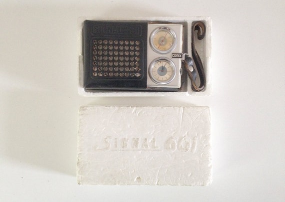Radio transistor vintage comix signal 601 made in ussr 1975s for Bascule transistor