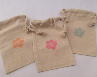 Hibiscus Flower Treat Bag: Muslin Bag Luau Party Favor Bag - Hawaii Party Bag