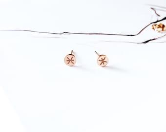 Pisces Stud Earring 18K Rose Gold Horoscope Stud Earring Star Sign Earring Simple Everyday Earring Birthday Gift Horoscope Earring