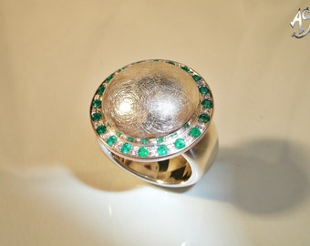 Emerald ring