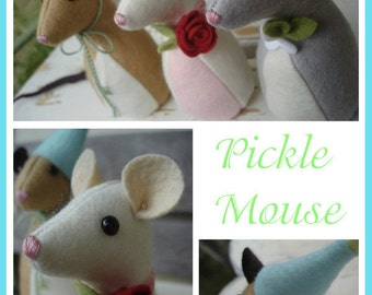 Pickle Mouse Pattern