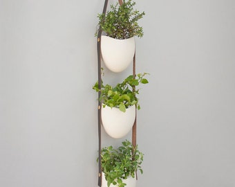 3 tier porcelain and leather planter- brown