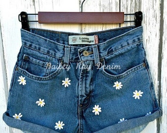 Levis High Waisted Shorts with dasies - festival shorts - Sizes US 0 - 20 Womens