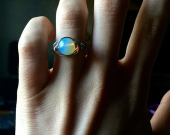 moonstone ring, healing ring, gemstone ring, oval cabachon ring, opalite ring, moonstone jewelry