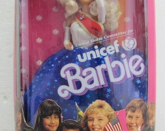 BARBIE for UNICEF 1989 Special Edition with Poster New in Box