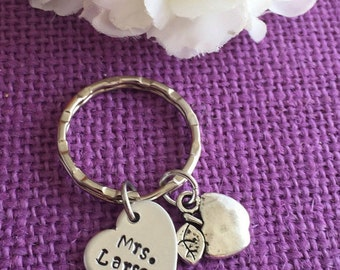 Teacher Gift - Personalized Teacher Keychain - Gift for Teacher - Keychain - Teacher Appreciation - End of year gift _ Teacher
