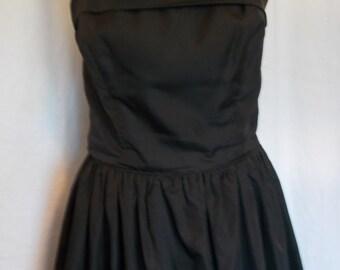Vintage black dress strapless 80s does 50s Peter Ellis Black evening Dress with full net skirt Small medium