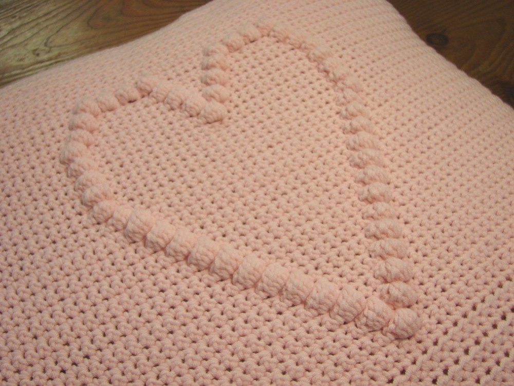 Crochet pattern heart cushion cover