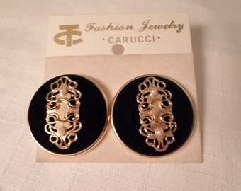 "BLACK VELVET EARRINGS / Pierced / Designer ""Carucci"" / Signed / New-On-Card / New-Old-Stock  / Chic / Rockabilly / Retro / Mod / Accessories"