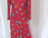 Vintage 70s womens pants suit, pantsuit, red blue floral, hippie bell bottom pants, tunic top, mod hippie, Yves Jennet