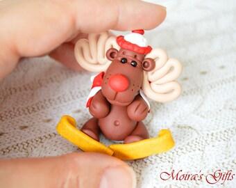 Christmas reindeer figurine - Christmas decor - Christmas decorations - Clay figurine - Reindeer miniature - Perfect Christmas gifts
