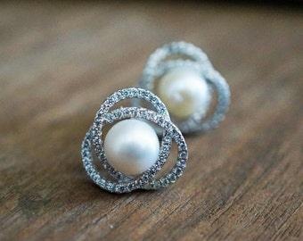 Flower Pearl Earrings - Sterling Silver Jewelry, Bridesmaid Gift, Bridal Jewelry, Wedding Jewelry, Pearl Studs