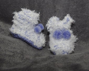 baby shoes / baby slippers / knitted slippers