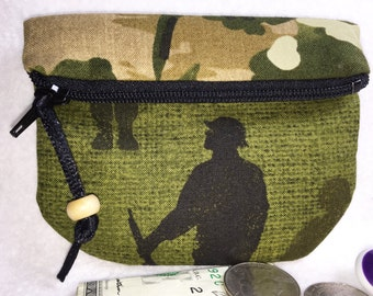USA Soldier, Camouflage Coin Purse, Secure Zipped Closure, Small Wallet Magnetic Snap, Fold Over Change Purse, Small Zipper Pouch