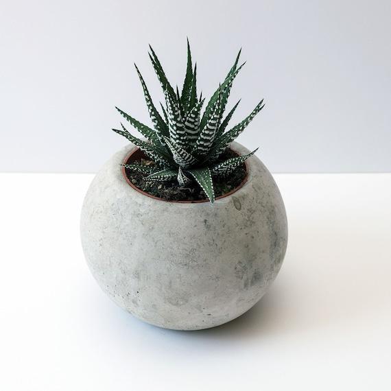 Rond sph re planteur b ton cache pot plante inclus - Cache pot beton ...