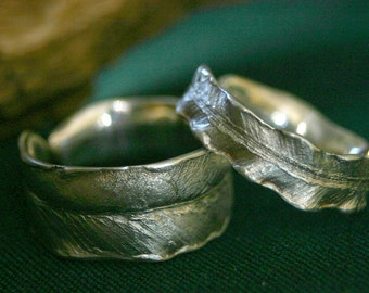 wonderful wedding rings in shape of fern leaf in silver