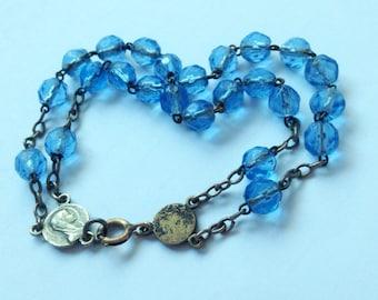 Vintage 1950's Bracelet Made with a cornflower blue glass beads