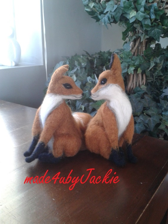 Needle felted animal - Kissing fox - Felted animal - Felted fox - Gift for her - Needle felted fox - Gift Needle felted Animal, felted toy