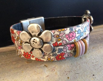 Double Leather Cuff Bracelet with Large Silver Flowers