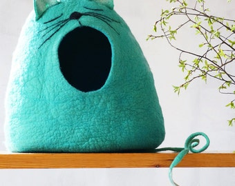 "Cat bed Cat cave Cat house Felted cat cave - ""Sleepy cat""  Cat lover gift by Indre Naujokiene"