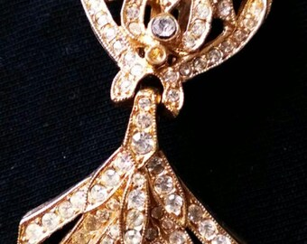 Vintage Victorian clip earings