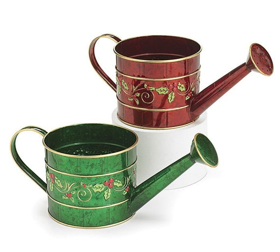 Christmas craft tin watering can in red or green by zazzystuff for Christmas crafts out of tin cans