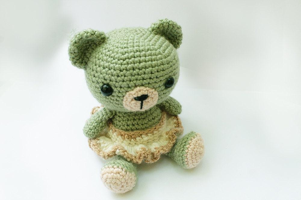 Knitting Patterns Teddy Bear Stuffed Animals : PATTERN : Bear-teddy bear-classic bear- Amigurumi bear pattern - Crochet patt...