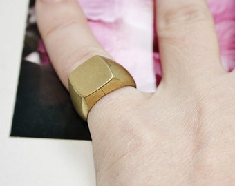 Pinky ring chavalier brass square